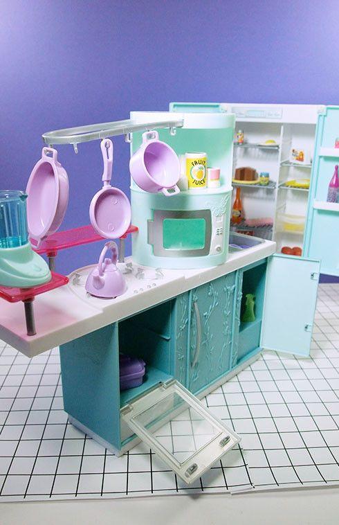 Barbie My Scene Modern Blue Kitchen Set
