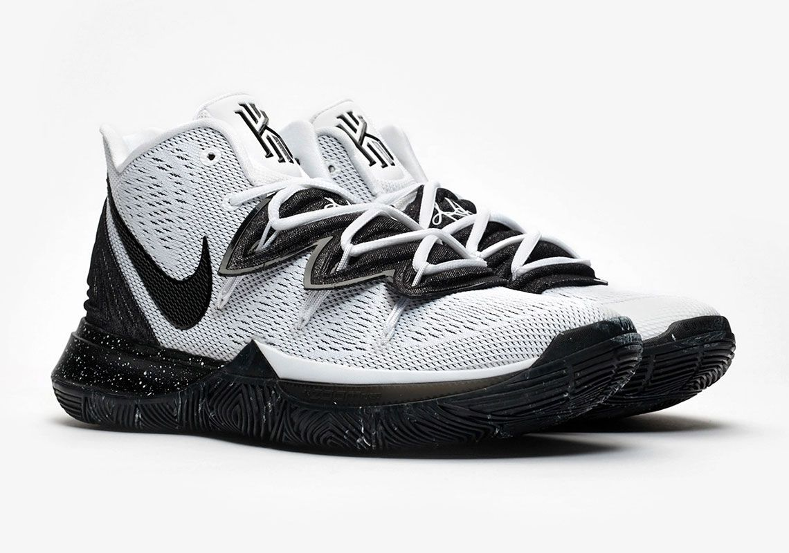 Nike kyrie, Girls basketball shoes, Nike