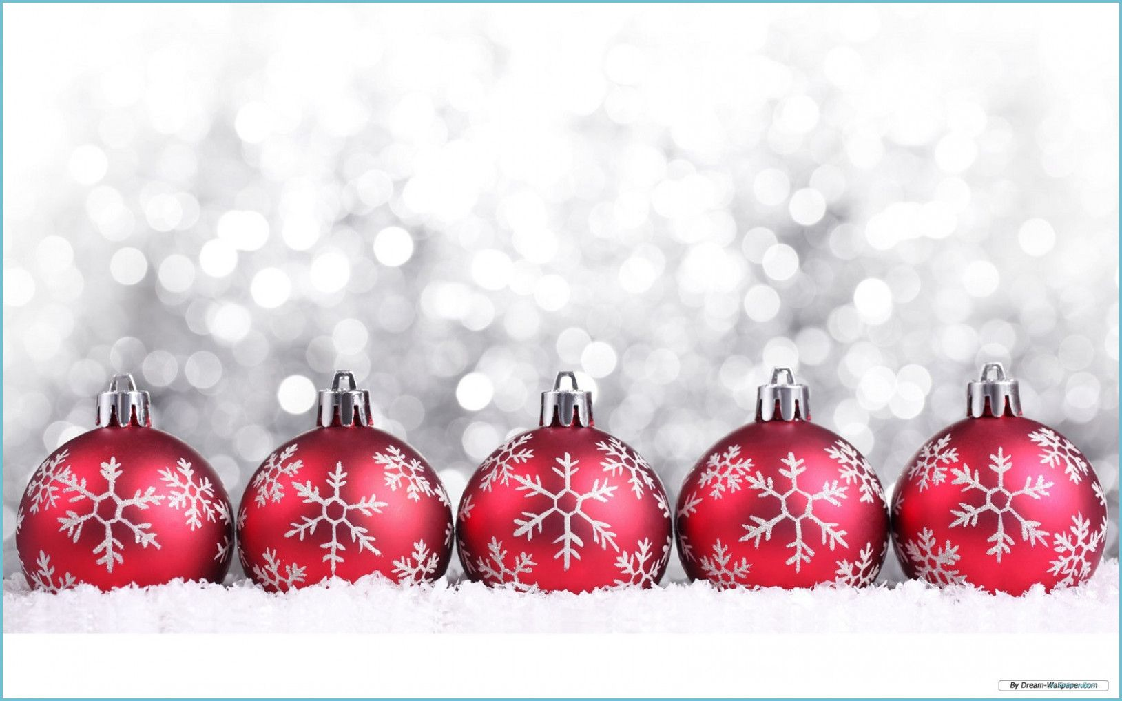 Five Great Free Christmas Wallpaper Ideas That You Can Share With Your Frien Christmas Wallpaper Free Christmas Wallpaper Backgrounds Christmas Twitter Headers