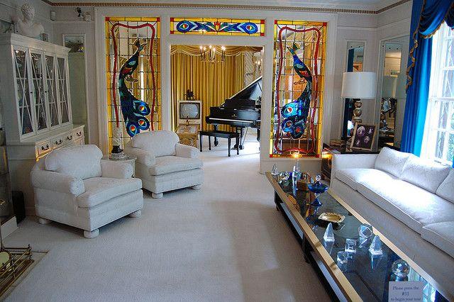 Elvis Presley's Living Room Inside the Graceland Mansion, Memphis, Tennessee   Mansion living room, Elvis presley house, Mansion living