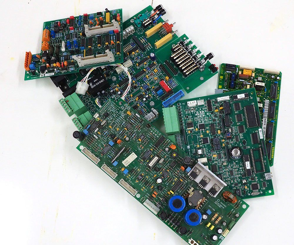 Harvesting Electronic Components | Hgt | Electronics