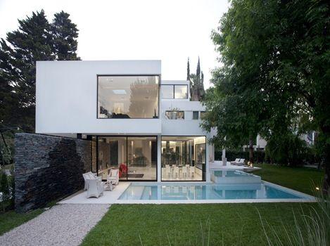 Arquitectura minimalista andres remy creaciones for Casa minimalista economica