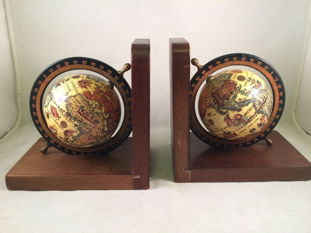 Spinning globe bookends wood bases two book ends vintage olde collectible book ends ebay gumiabroncs Gallery