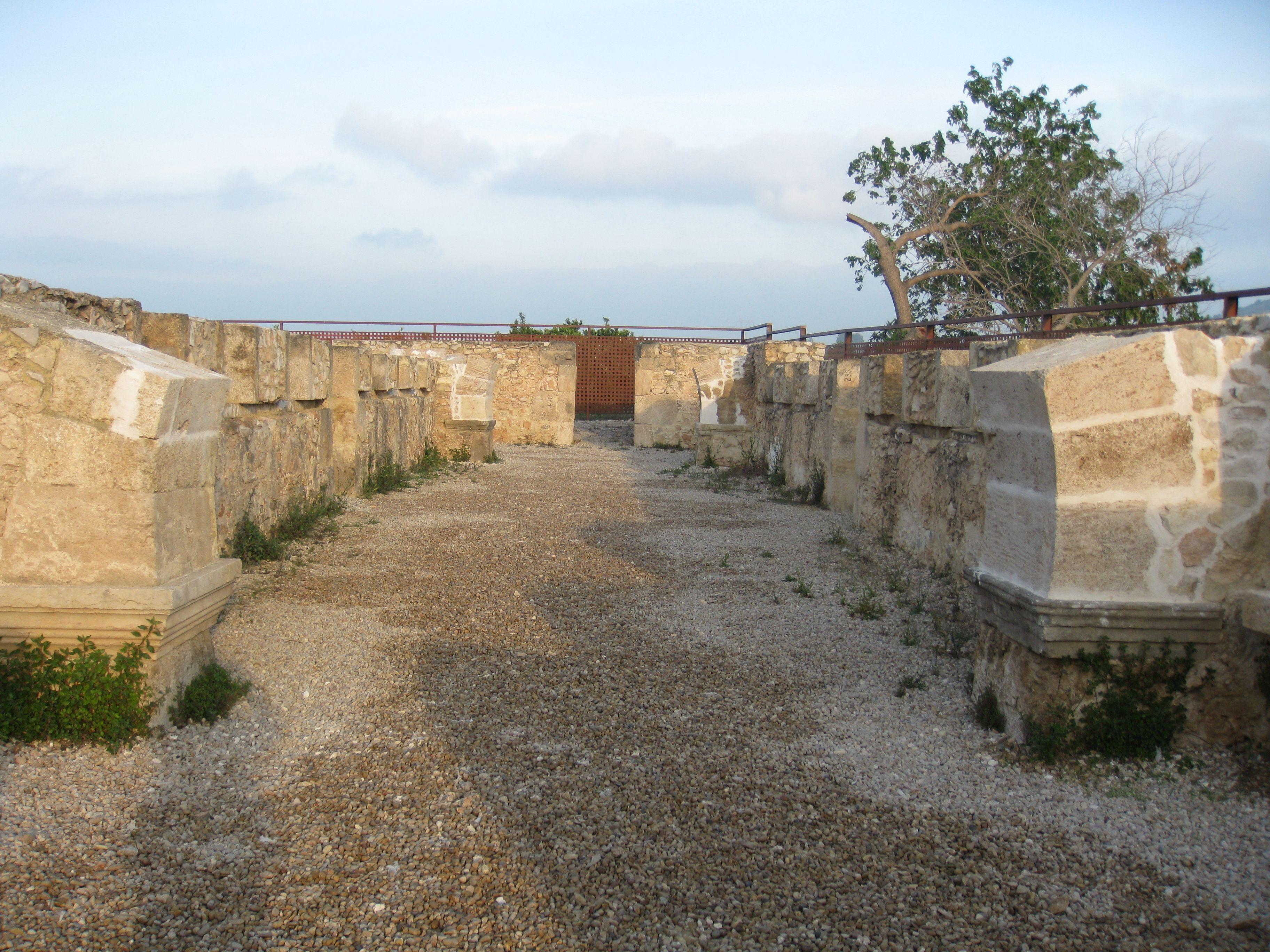 Recuperando la historia visigoda desde las ruinas del yacimiento de Pla de Nadal.