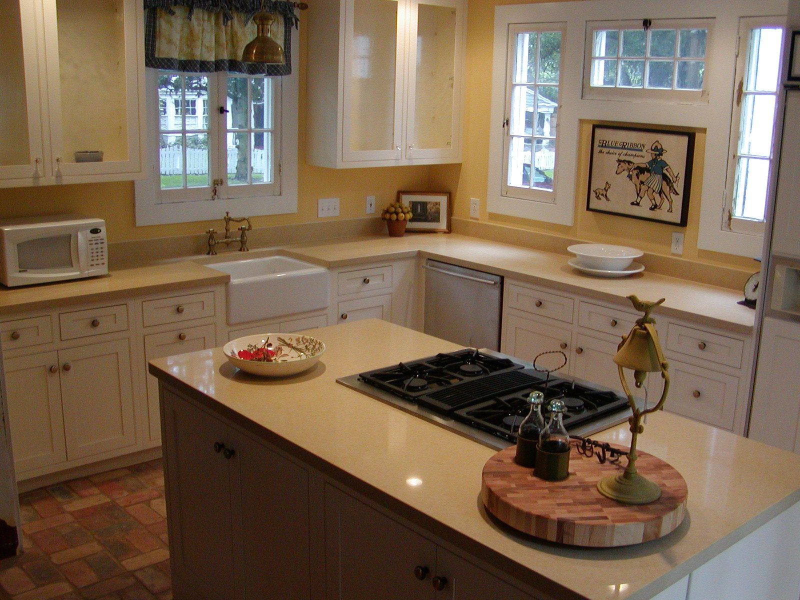 Farmhouse Sink And Counter/cabinet Area. Ceasarstone Quartz Countertops  Orlando