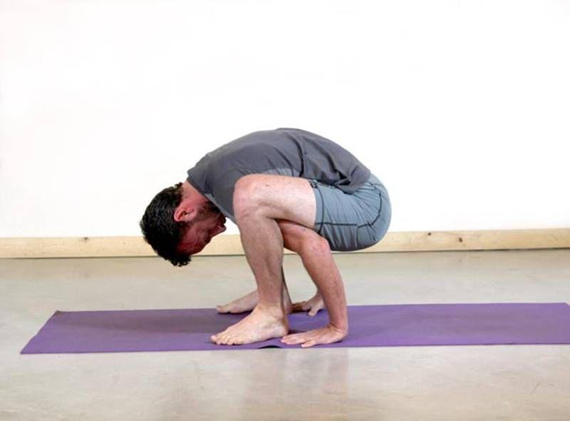 Sacrum stretch - yoga for cyclists