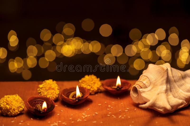 Traditional Decorative Diwali Diya Or Clay Oil Lamp Happy Diwali Background C Sponsored Oil Clay Happy Lamp Diwali Diya Oil Lamps Happy Diwali
