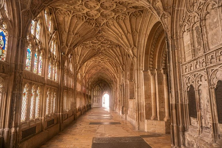 Ultimate Harry Potter Guide To Gloucester One Step Wanderer Gloucester Cathedral Harry Potter Harry Potter Filming Locations