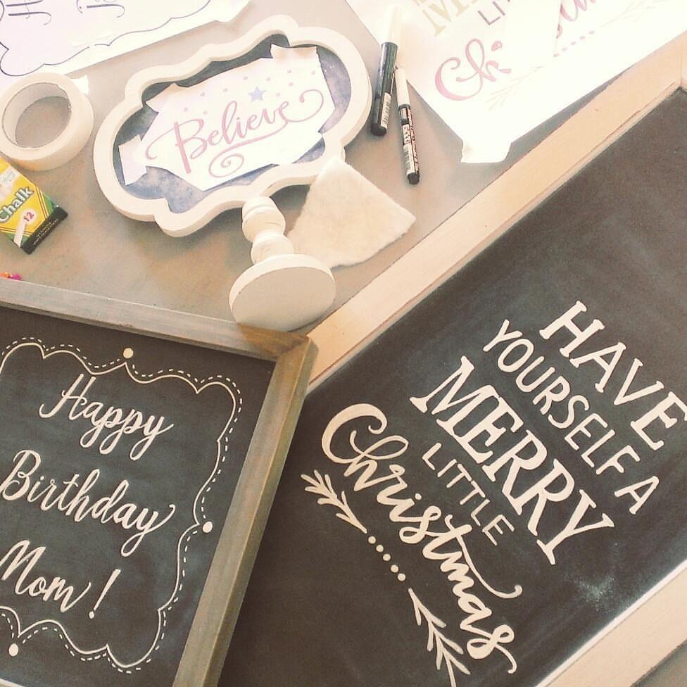 shelly homemaker how to write on chalkboard like a pro shelly homemaker crafts diy. Black Bedroom Furniture Sets. Home Design Ideas