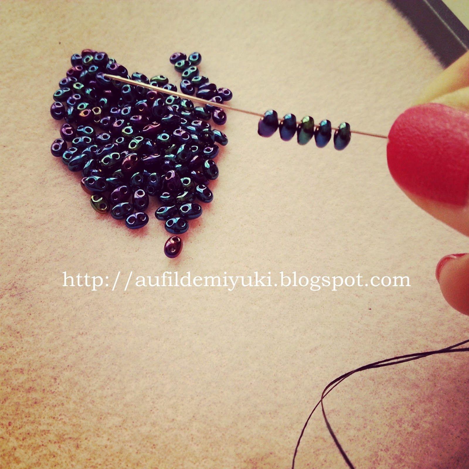 Cette semaine, j'ai préparé pour vous un tutoriel avec des perles twin beads :) Vu que je prépare une grande pièce pour un concou...