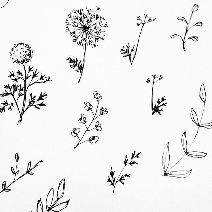 Minimalist Simple Flower Circle Tattoo: + Ideas About Simple Tree Tattoo