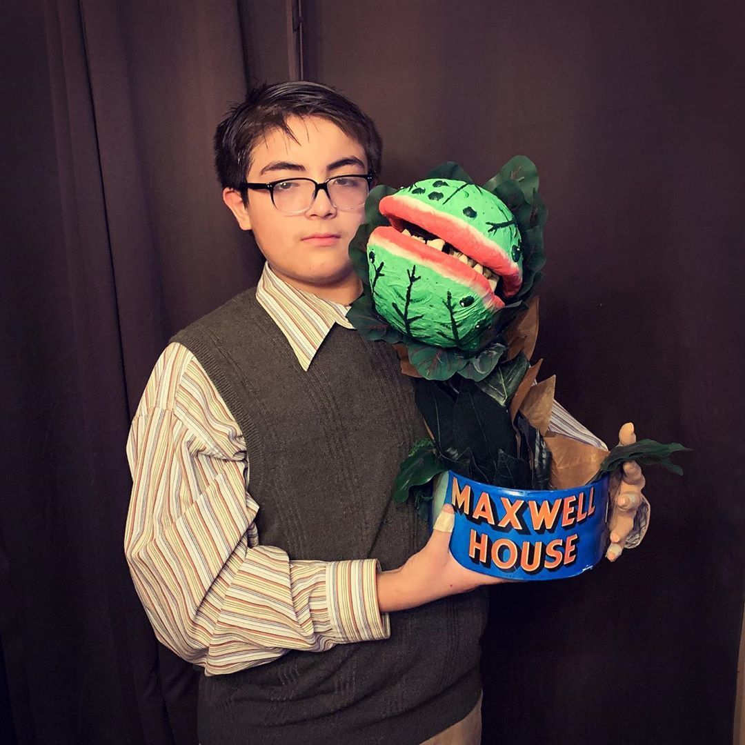 Feed Me Seymour Littleshopofhorrors Rickmoranis Audrey2 Halloween Halloweendiy Halloweendiy Diy Halloween Costumes Halloween Diy Little Shop Of Horrors