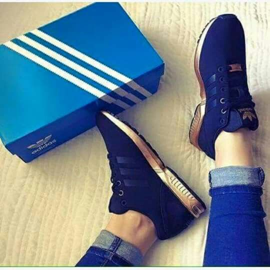 super popular eff4c 22a7b Blue and gold   For my babe   Pinterest   Zapatos