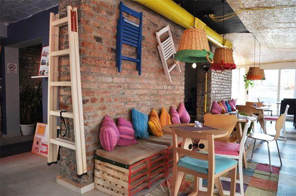 Pallet bench  NOVA architect gallery: Mon Cheri Urban Life