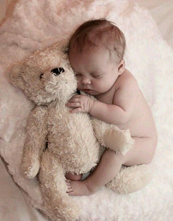 Spähen Sie einen Boo-Teddybären   - babybilder -   # #teddybear