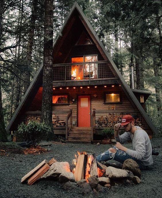 Настроение осень: 40+ уютных домиков в лесу   Деревенский ...