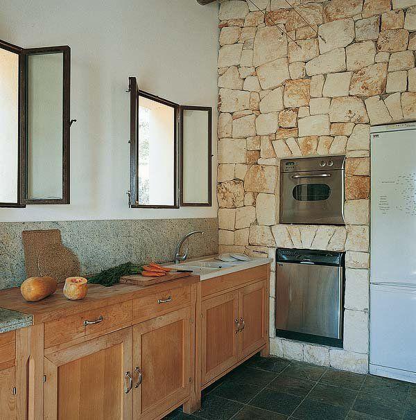 Una cocina de estilo r stico renovado cocinas de estilo for Revestimiento cocina rustico