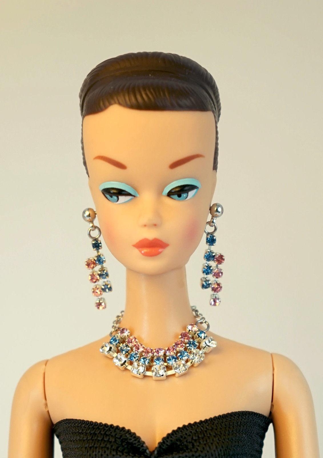 Barbie Doll Vintage Handmade Light Blue Necklace Earrings Jewelry Set NE100112