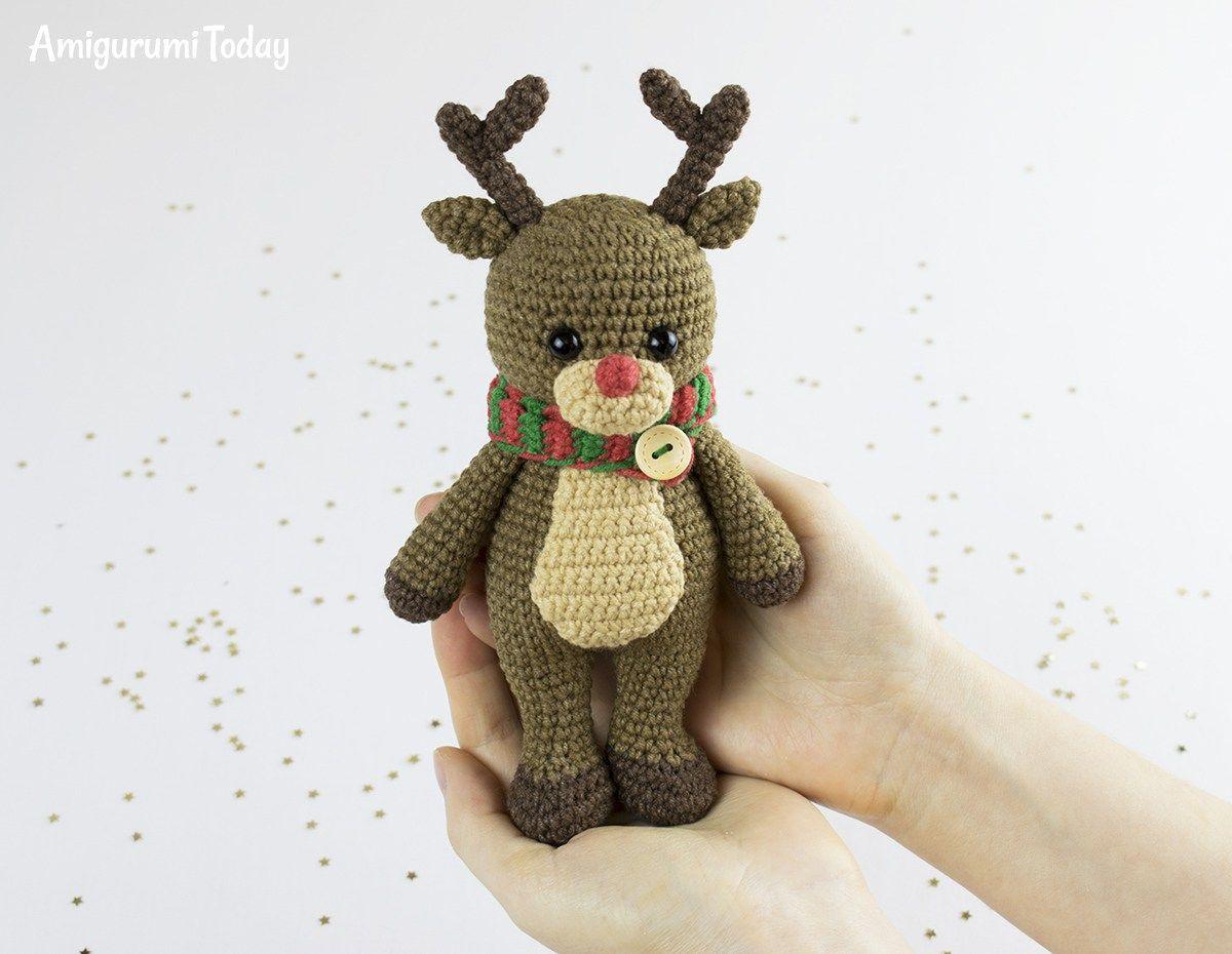 Cuddle Me Reindeer crochet pattern | Häkeln