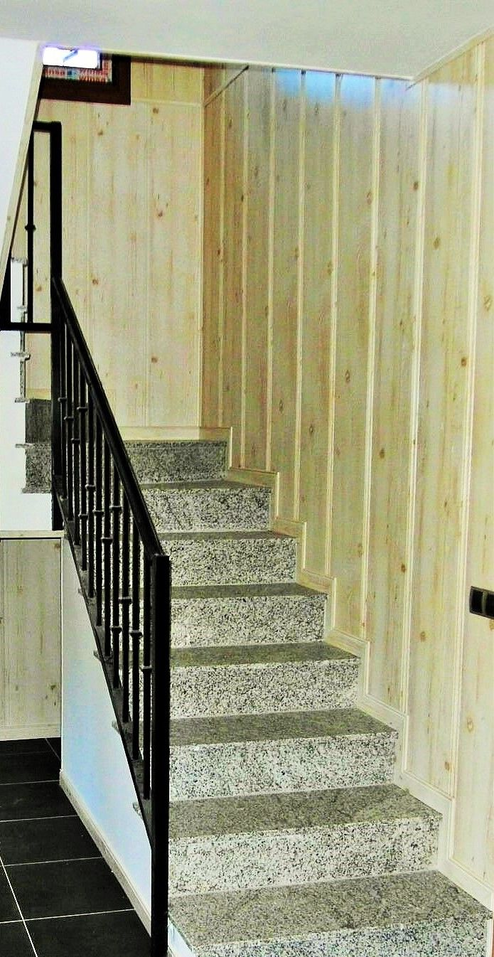 Escalera interior en vivienda prefabricada casas de acero y - Escaleras para viviendas ...