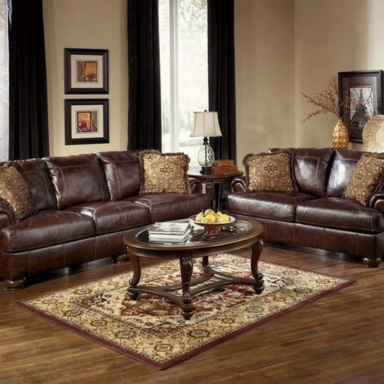 Turn your living room into a lovely space that's relaxing yet functional by selecting the right lighting. 35+ Luxury And Black Furniture Living Room Color Schemes ...