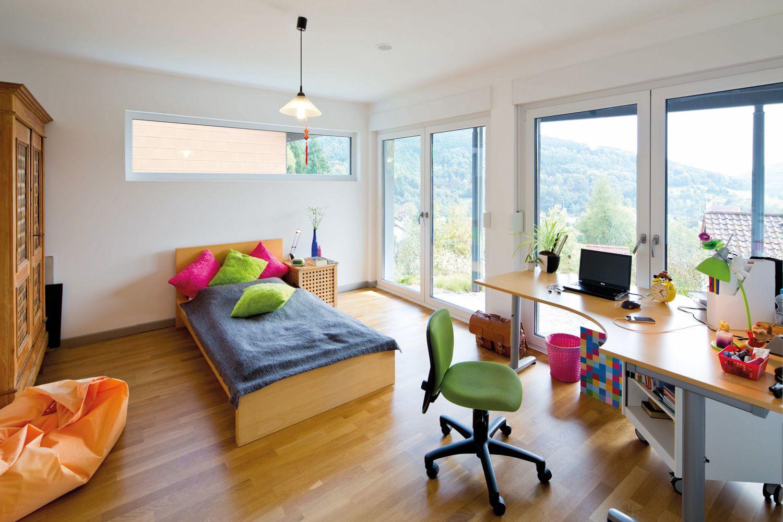 Fensterfront wohnzimmer ~ Kinder jugendzimmer mit einer tollen aussicht durch bodentiefe