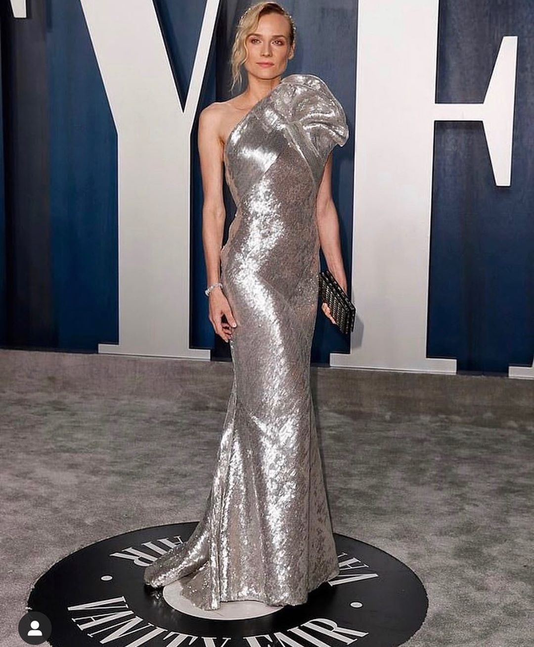 Amare On Instagram Nailed It Diane Kruger Was Our Favourite In Eliesaabworld From Yesterday S Vanity Fair Os In 2020 Vanity Fair Oscar Party Diane Kruger Couture