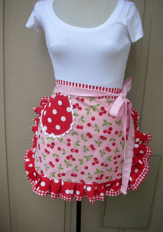 Aprons Apron with Cherry Fabric Sweet Cherry por AnniesAttic