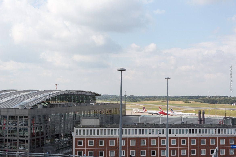 Radisson-Blu-Hamburg-Airport-Flughafenhotel-Airporthotel-Restaurant-Parken-038
