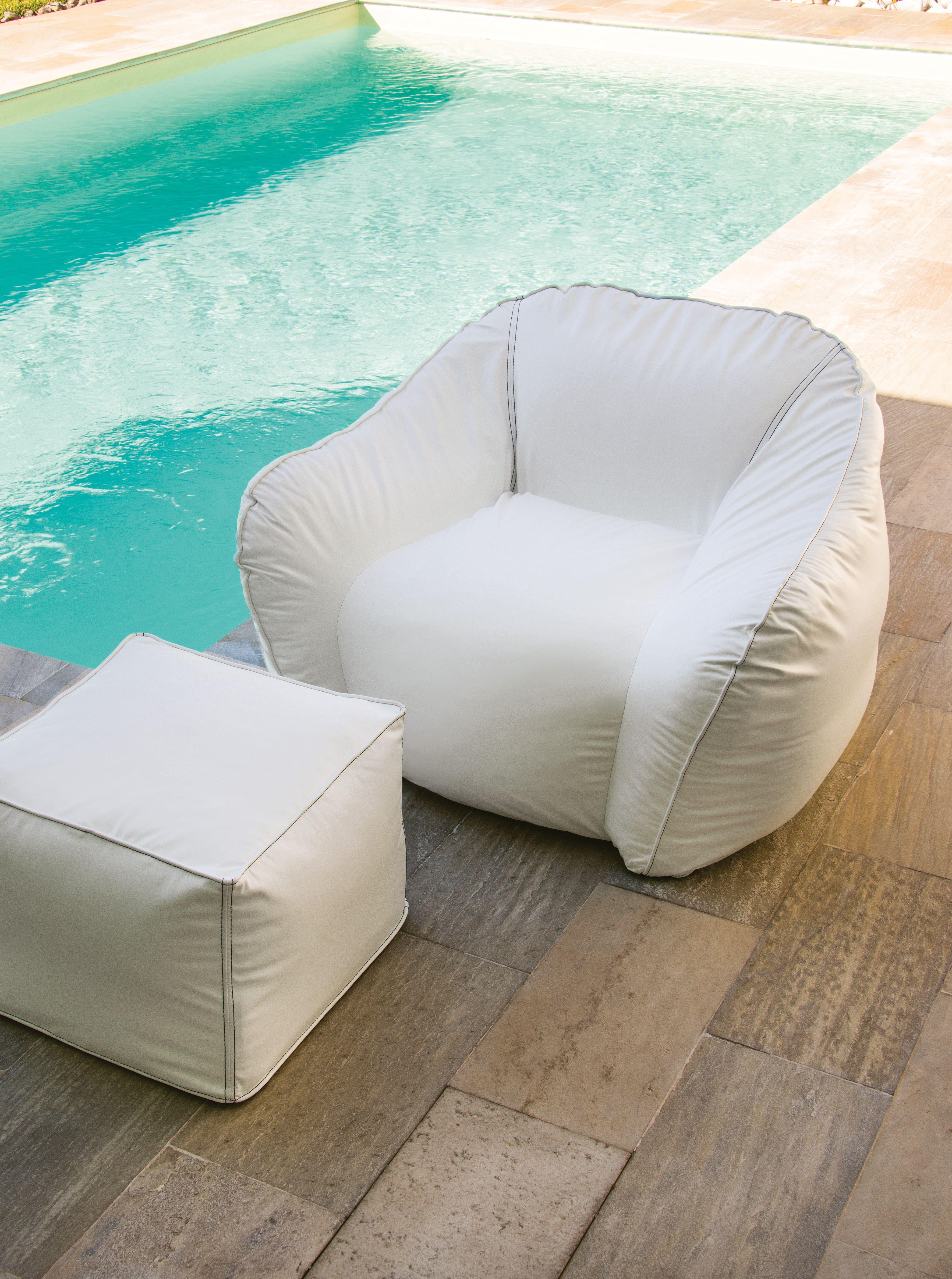 Pouf poltrona stunning comfort e relax il pouf sacco with for Poltrona di fantozzi