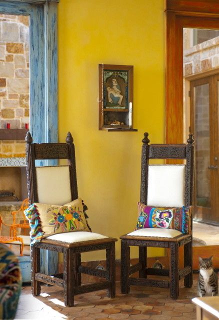 exciting mexican style living rooms | Of Nostalgia and Urbanity at Housedelic.com | Mexican home ...