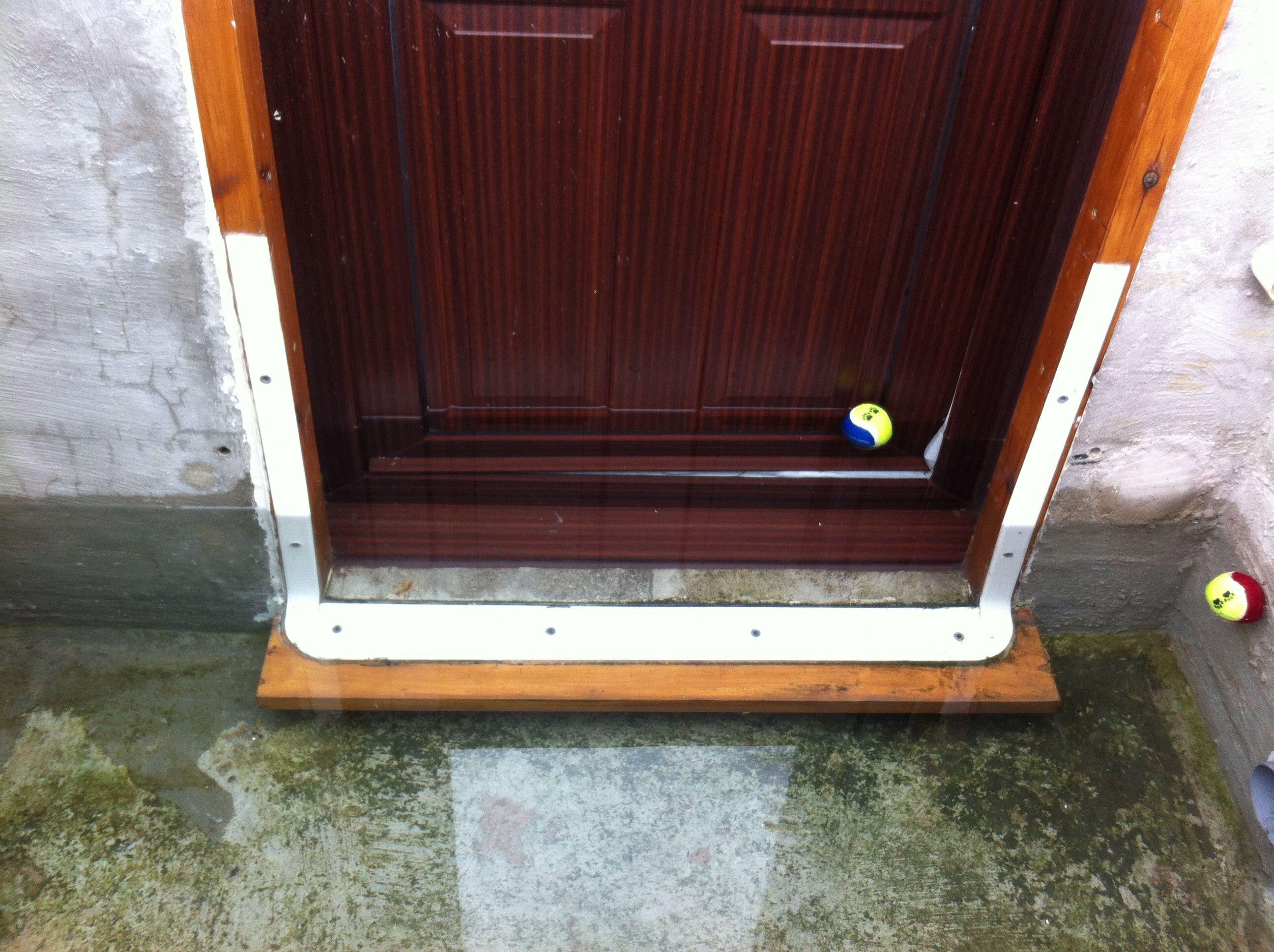 32 Tutorial Unique Diy Home Flood Protection Barriers In 2020 Diy Window Bedside Table Diy Reading Diy