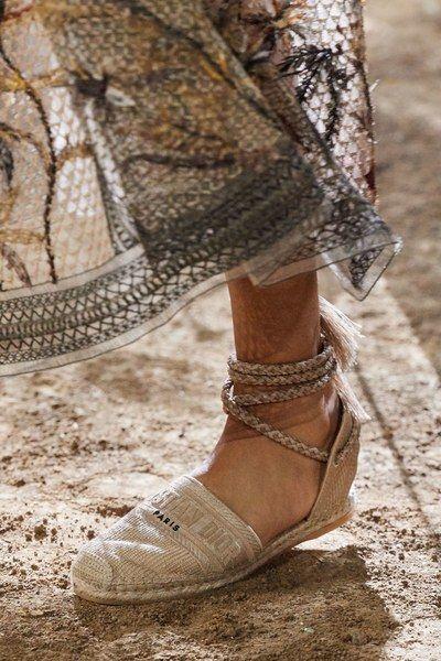 Christian Dior Spring 2020 Ready-to-Wear Fashion Show