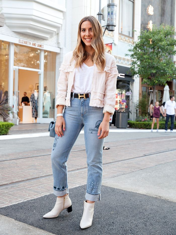 2c99b2cb852b How L.A. Girls Dress for a Casual Girl's Night Out via @WhoWhatWear