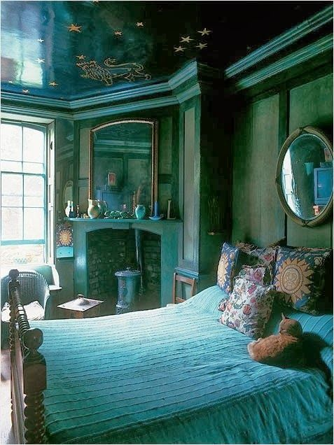 Bohemian Vintage | Roomspiration | Bedroom green, Home decor ...