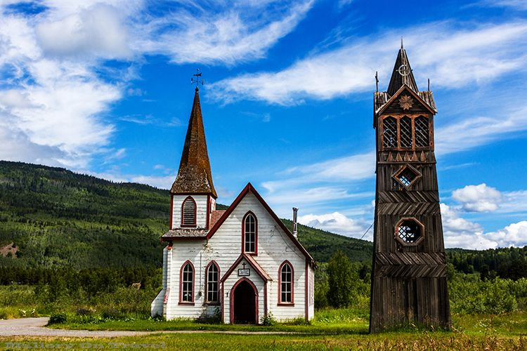 Images of St Paul's Anglican Church and the Totems of Kitwanga, British Columbia, Canada on Mallory on Travel. Online postcards of the Gitxsan Nation land