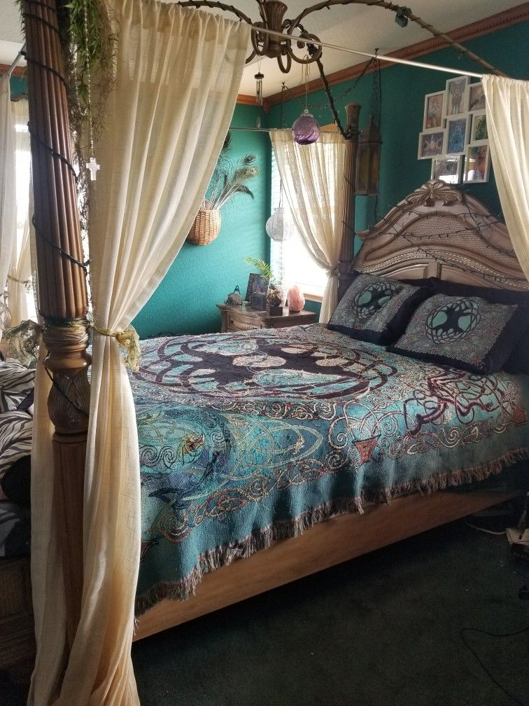 Pin By Carly Stratton On Boho Bedroom In 2020 Guest Bedroom