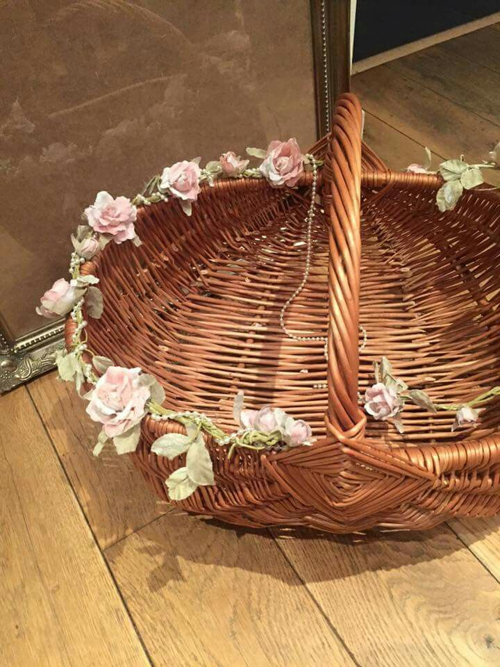 Confetti basket confetti basket decorative wicker