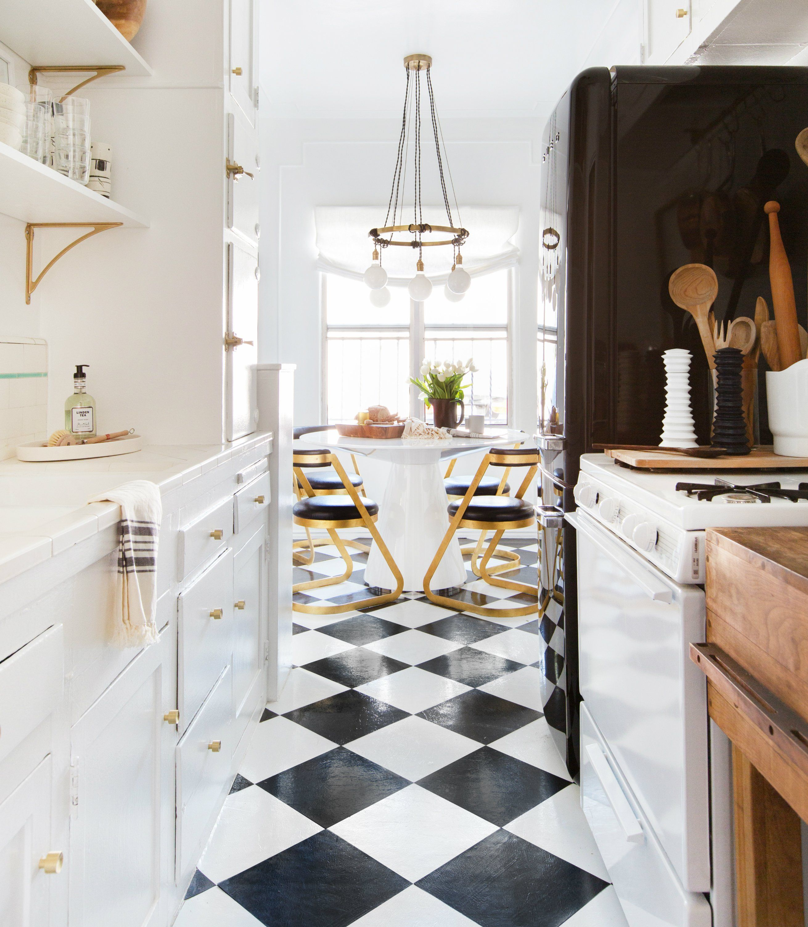 5 Tips On Build Small Kitchen Remodeling Ideas On A Budget: Designer Spotlight: Brady Tolbert