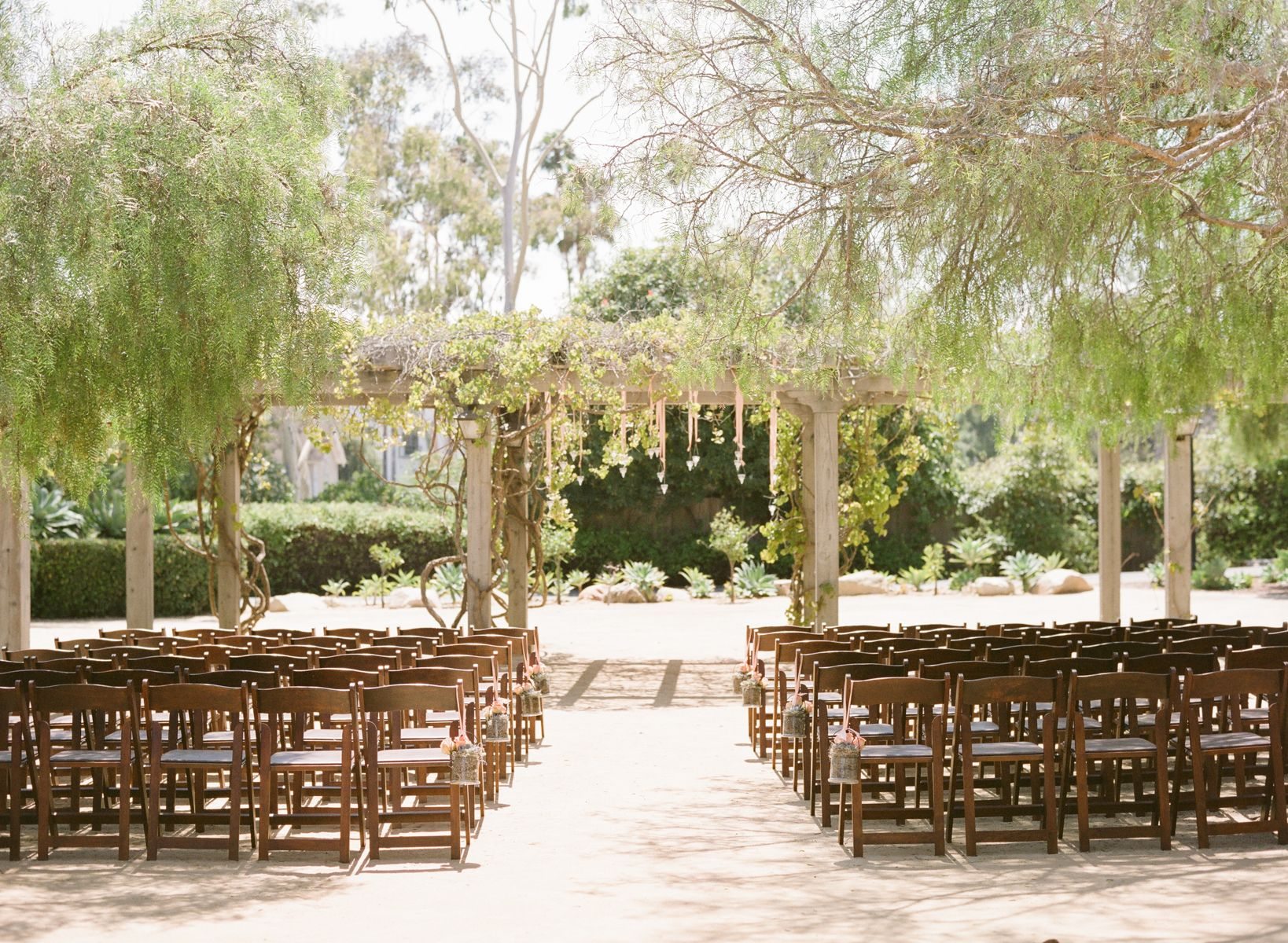 Beautiful Alter At Santa Barbara Historical Museum Weddings By Bijoux Events