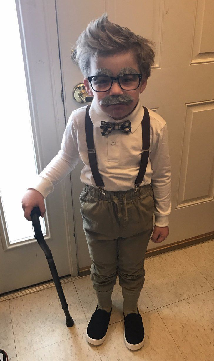 Little Boy Completely Nails Looking Like a 100-Year-Old For His 100th Day of School