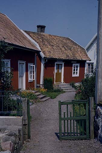 Country Life In Sweden Travel Photos By Galen R Frysinger Sheboygan Wisconsin Swedish House Swedish Cottage Red Houses