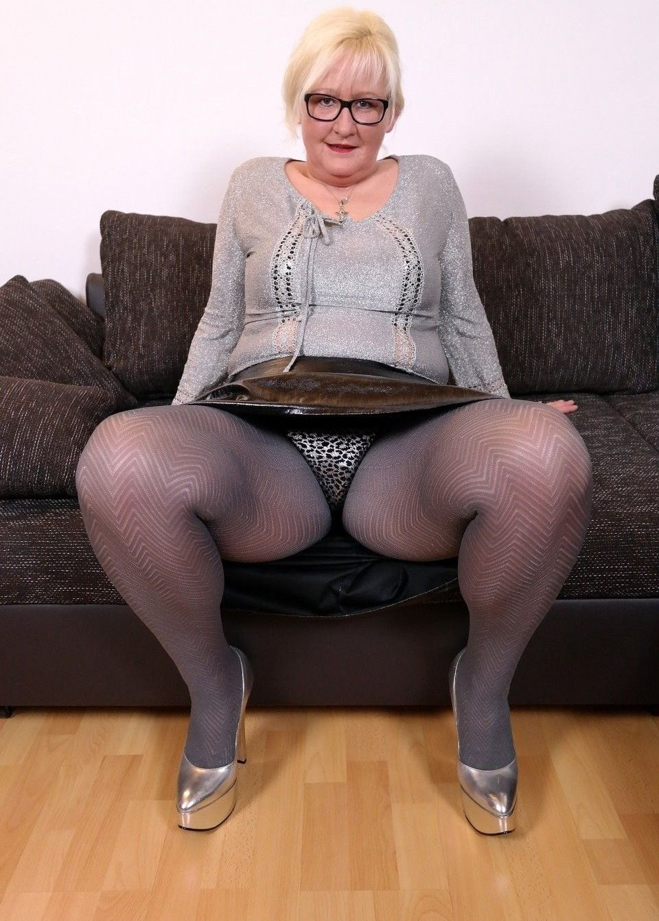 Mature german women in pantyhose