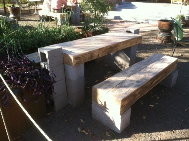 Cinder block picnic table country gardens pinterest for Cinderblock furniture