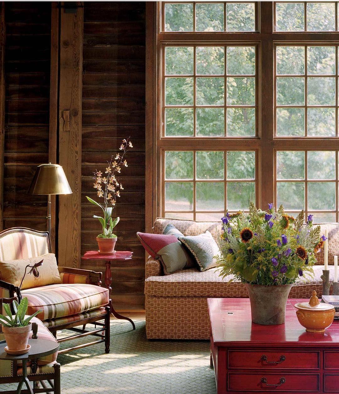 """Amanhecer na """"Casa da Montanha"""" é assim que eu imagino: cheia de cores flores estampas e muitas texturas."""