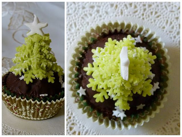 weihnachtsbaum cupcake topper aus marzipan oder fondant. Black Bedroom Furniture Sets. Home Design Ideas