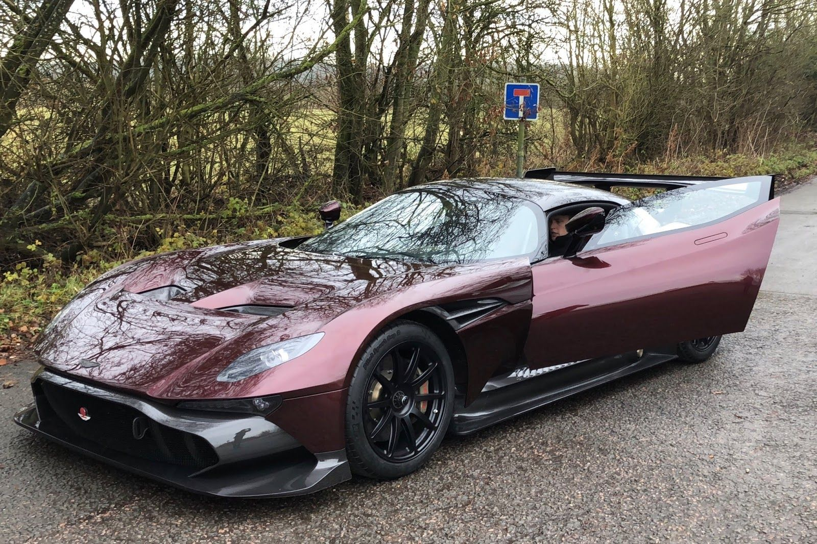 This Is The World S Only Road Legal Aston Martin Vulcan Carscoops Aston Martin Vulcan Aston Martin Classic Car Insurance