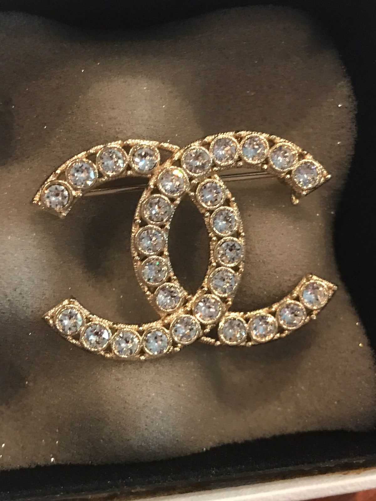 Auth Chanel Gold Plated Cc Logo Brooch The Used Item Is In Excellent Condition Width 1 5 Inches Comes With Box Brooch Chanel Brooch Jewelry