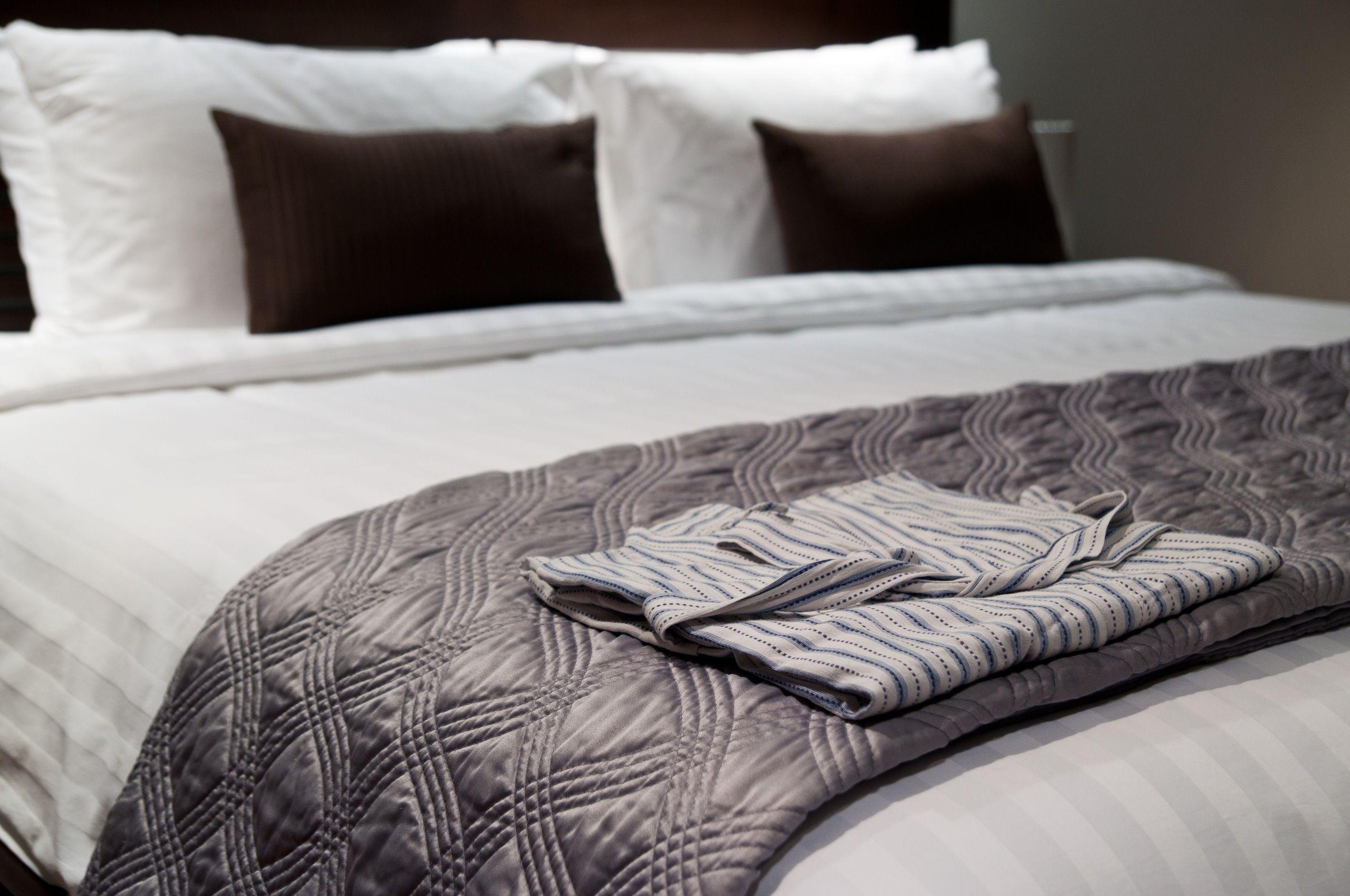 7 bedtime behaviors that will help you sleep
