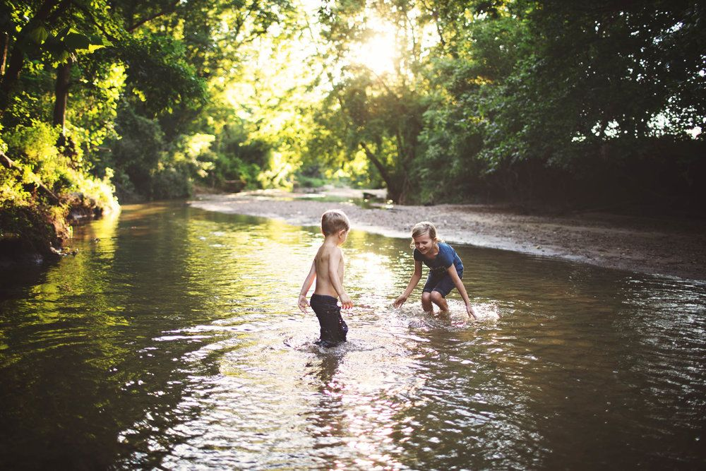 A little fun in the creek   Terre Haute, Indiana Family and Child Photographer #terrehautephotographer #familyphotographer #childphotographer